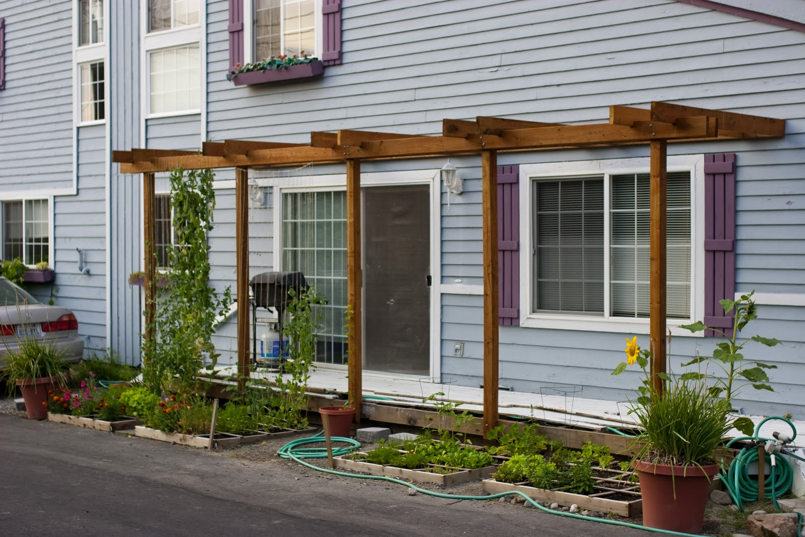 Gardening In A Small Suburban Home Tom Alphin